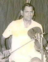 M.S. Gopalakrishnan died on 3rd Jan 2013 in Chennai (tks to violinist Krishnaswamy Swamy for the photo)