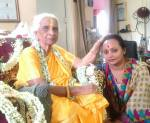 vocalist Silpi Paul (r.) with her guru and vocal legend Girija Devi (Banaras gharana)